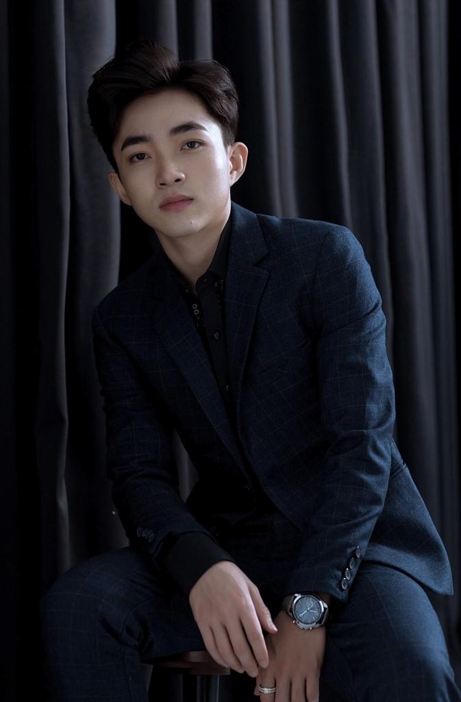 trung quang khoi dong duong dua am nhac 2019 voi album cd cho dong