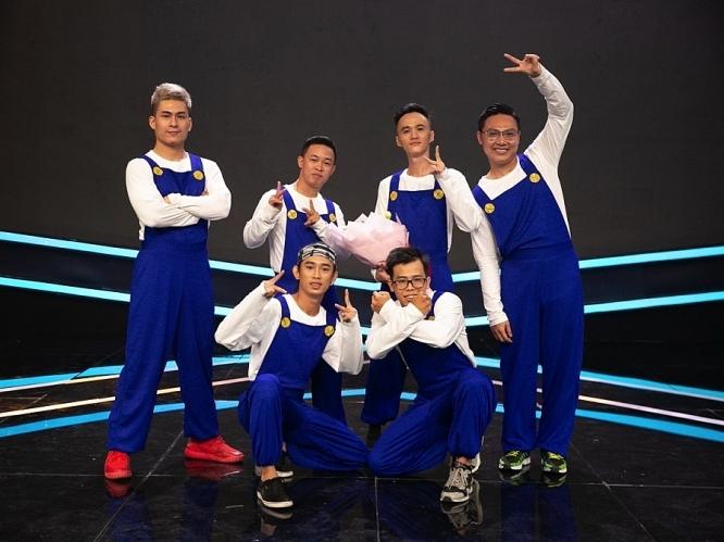 Nghệ sĩ cải lương Minh Trí vàAAT Crew -2 tấm vé cuối vào chung kết '100 giây rực rỡ'