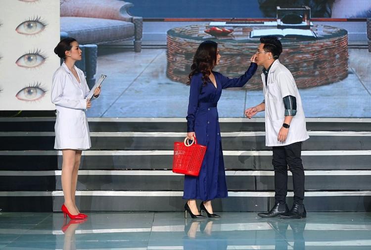 lo to show phien ban nghe si le duong bao lam nhot khi thi sinh mang chu de tham my len san khau