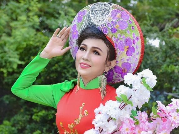 Hoa hậu thân thiện Vân Thanh - Người đàn bà đẹp sống vì đam mê nghệ thuật và làm việc thiện nguyện