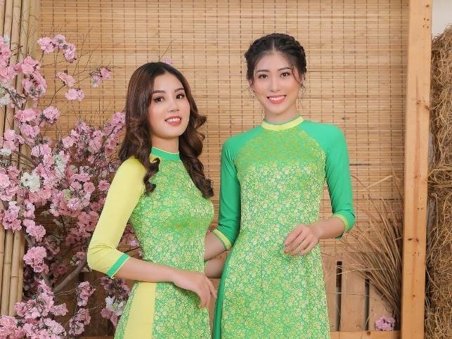 Diện áo dài Việt Hùng, top 20 'Miss Hutech 2021' lộng lẫy tìm Người đẹp ảnh