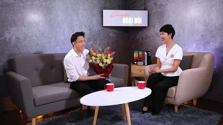 Dương Triệu Vũ tâm sự chuyện gia đình, cùng Hoài Linh báo hiếu mẹ cha