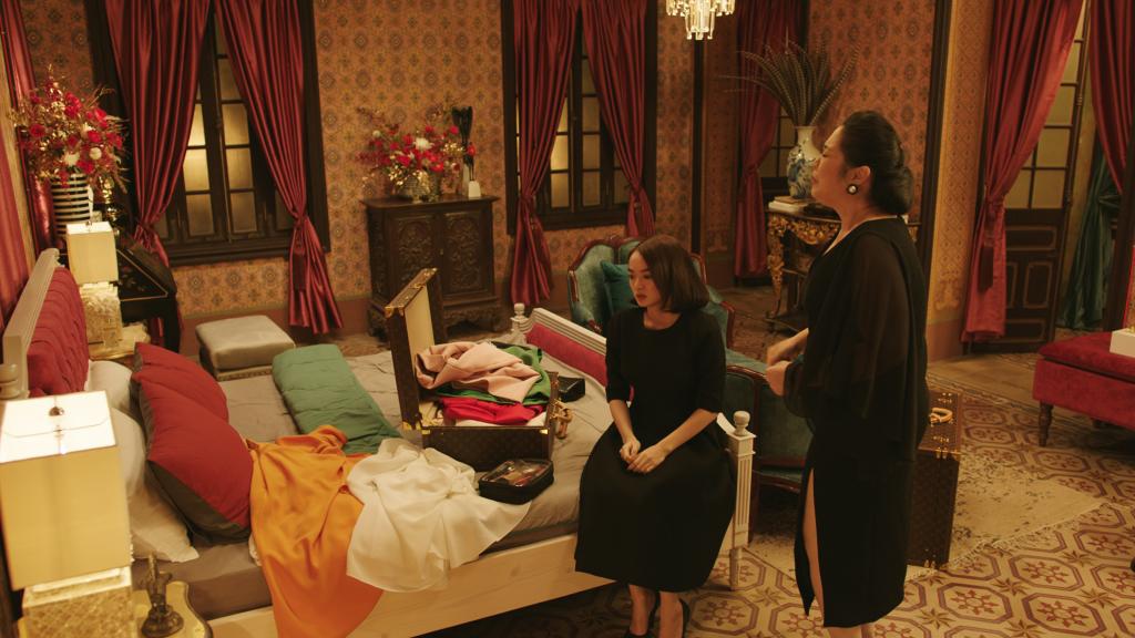 Khám phá căn phòng triệu đô của 3 chị em Lý gia trong 'Gái già lắm chiêu V'