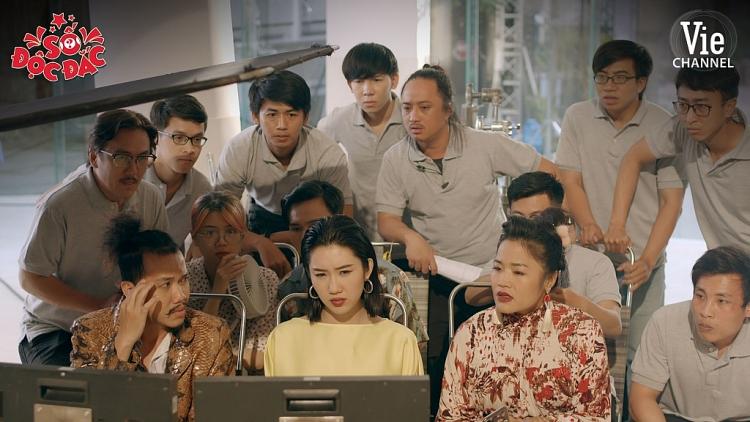 'Số độc đắc' tập 2: Jun Phạm bị Thúy Ngân 'hành tới bến' trên phim trường
