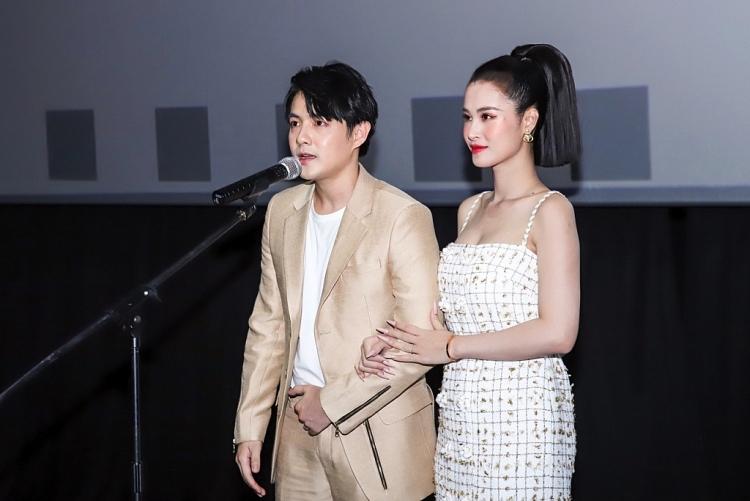 Đông Nhi – Ông Cao Thắng sánh đôi trong buổi khai mạc Tuần lễ điện ảnh Nhật Bản 2021 tại TP.HCM