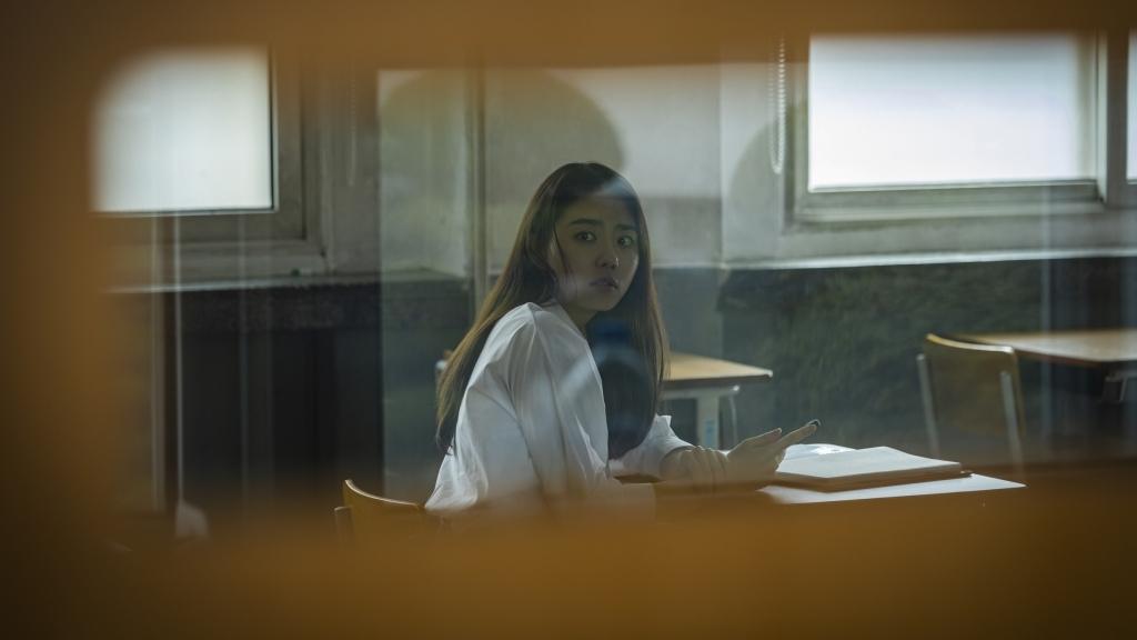 Sao Kpop bị ám trong tựa phim kinh dị 'Nam sinh số 11' lấy bối cảnh lớp học kinh hoàng