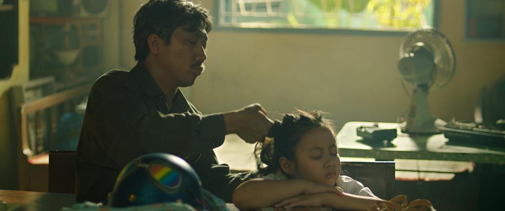 'Bố già' bản điện ảnh, hé lộ hàng loạt tình tiết drama từ cha con đến anh em trong nhà