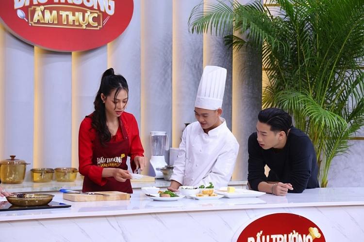 'Đấu trường ẩm thực': Đăng Khánh, Mỹ Hạnh 'quằn quại' trước thử thách của Dương Lâm