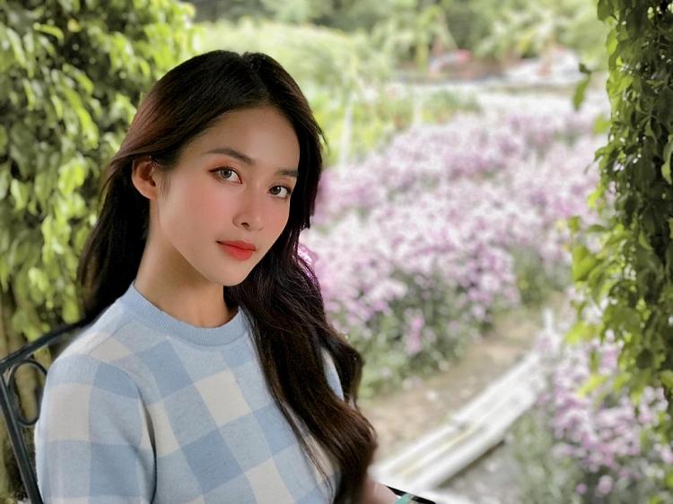 'Hoa nở trong nắng': Khả Ngân đóng đúp hai vai khiến Anh Tài bấn loạn