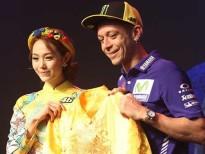 Minh Hằng dịu dàng đi gặp tay đua mô tô số 1 thế giới