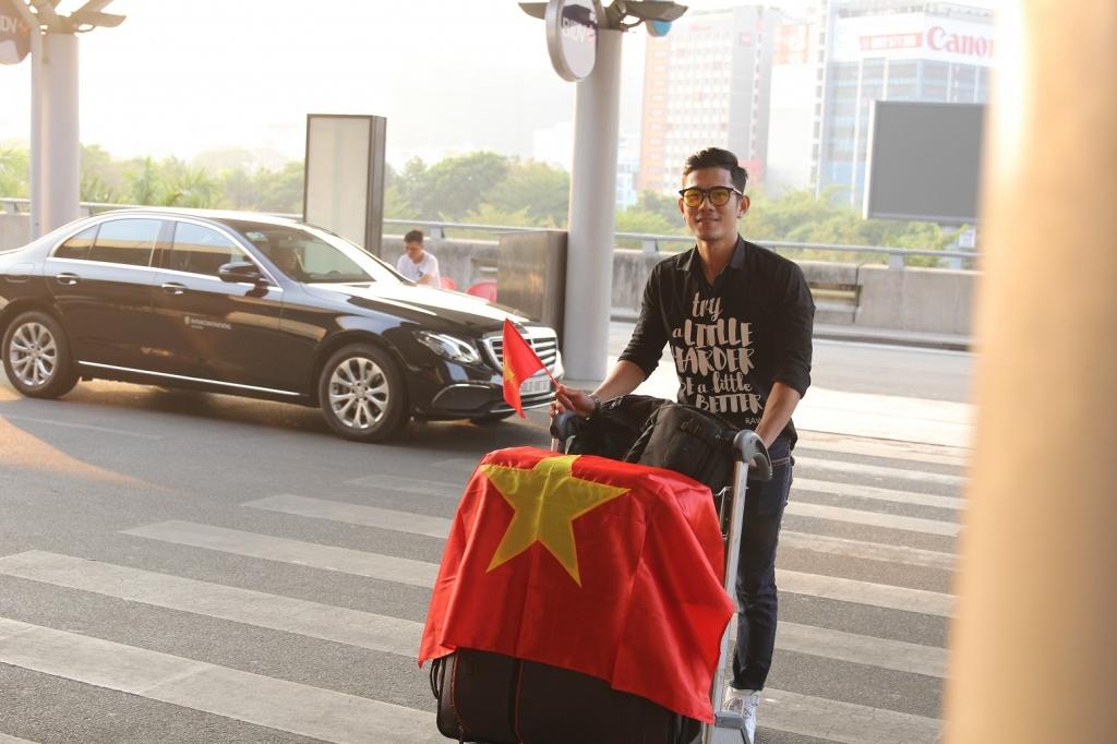 gia thanh vu chinh thuc len duong sang thai lan du thi