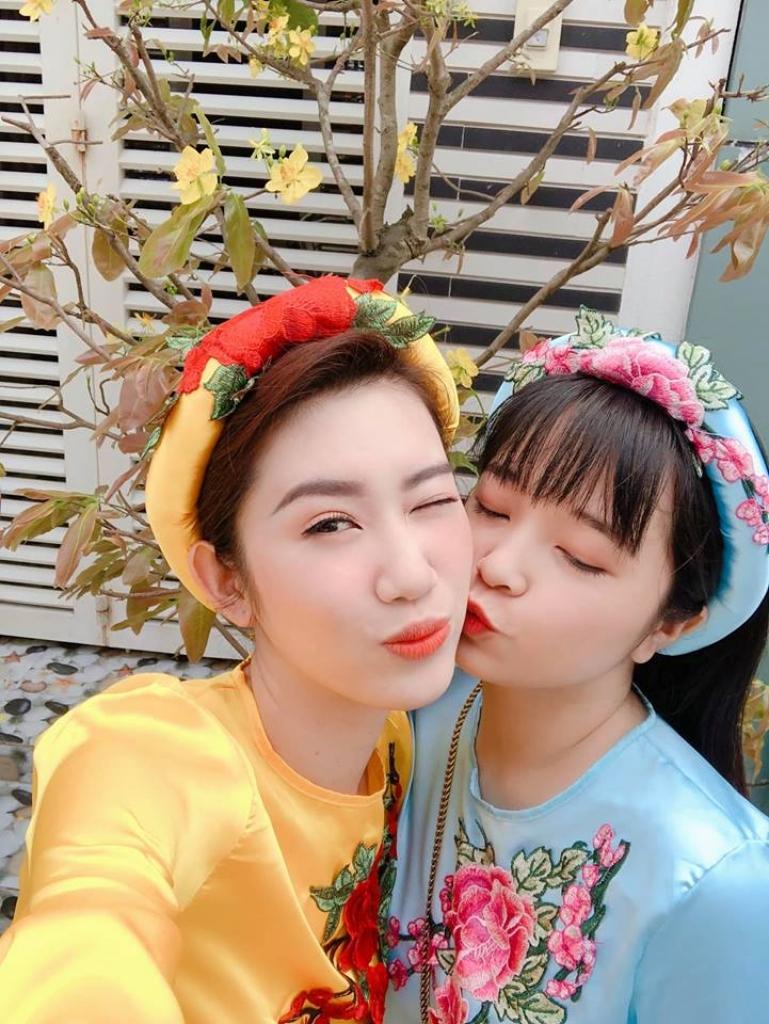 thuy ngan toi duoc nhac lay chong nhung duyen phan khong the cuong cau