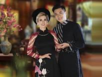 18 thi sinh tai nang nhat miss uef 2019 toa sang trong bo suu tap ao dai cua ntk viet hung