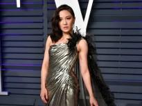 sao a au dua nhau khoe dang an tuong tai oscar vanity fair 2019 voi atelier versace