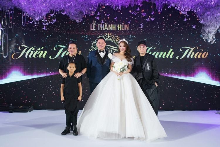 Sao Việt chúc mừng hạnh phúc đạo diễn Nguyễn Hiếu Tâm