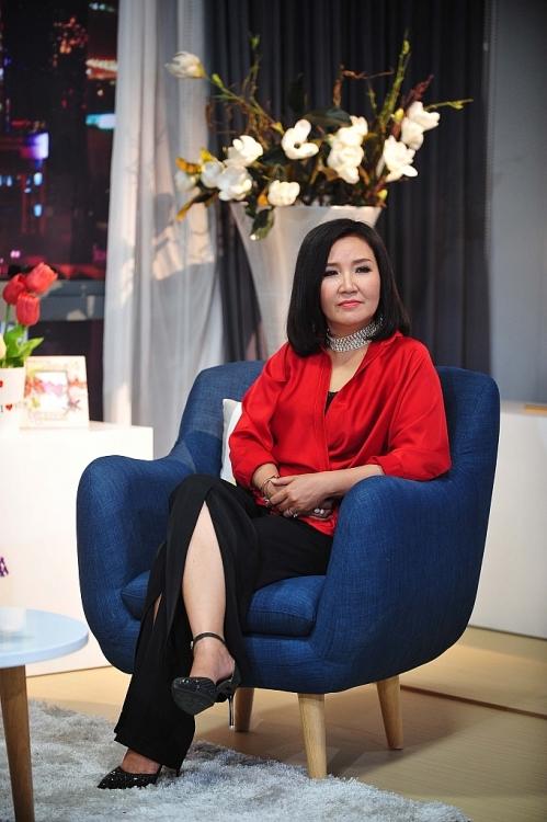 'Bà mẹ quốc dân' Ngân Quỳnh và một năm nhìn lại…