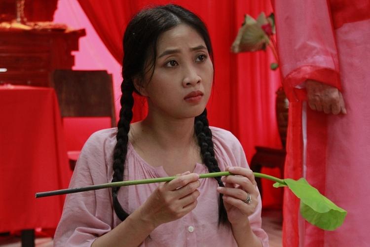 'Về nhà ăn Tết' tập 5: Hồ Bích Trâm, Khương Dừa nối gót nghệ sĩ Thanh Hằng gia nhập hội mê tín dị đoan