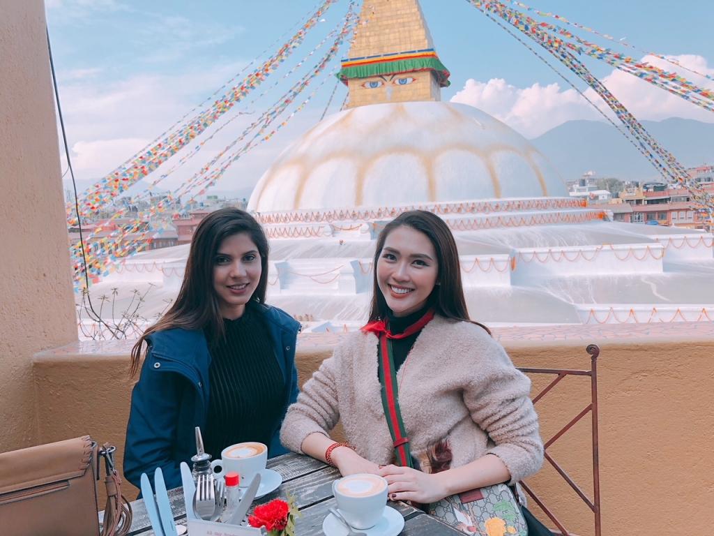 tuong linh tai ngo miss intercontinental nepal trong chuyen hanh huong dau nam