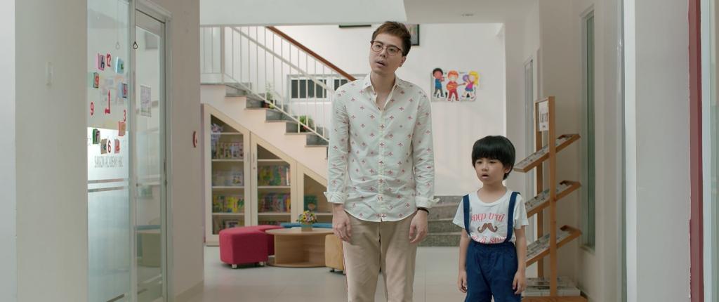 khong chi dam nhan vai chinh trinh thang binh con sang tac nhac phim ong ngoai tuoi 30