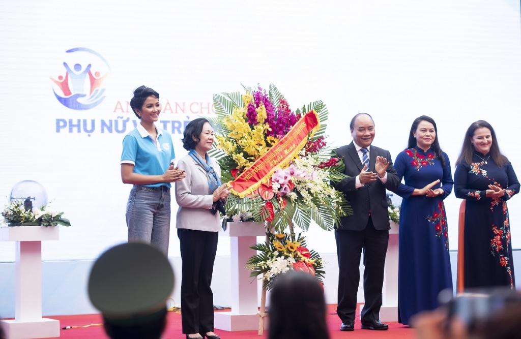 hhen nie xuong duong van dong cho nam an toan phu nu va tre em gai 2019