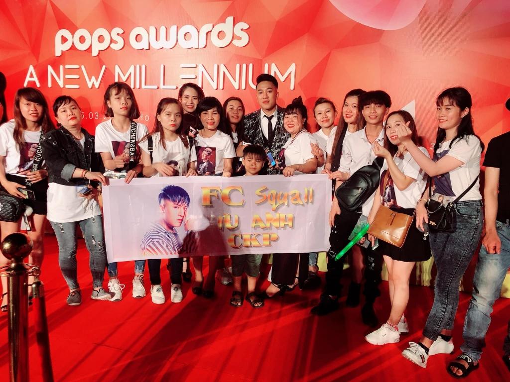 chau khai phong boi thu voi nut play vang youtube va giai thuong tai pops awards