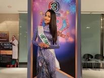 Hoài Sa mang áo dài Việt Nam lên sóng truyền hình Thái Lan