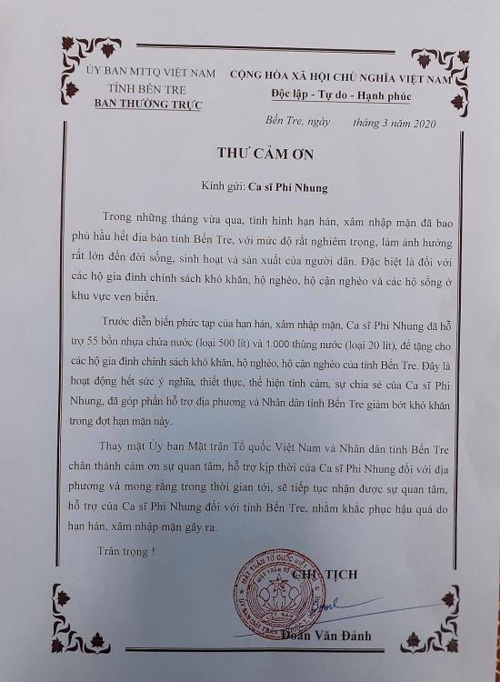 phi nhung gui 400 khau trang con gai ruot lam y ta o my chia se cho dong nghiep