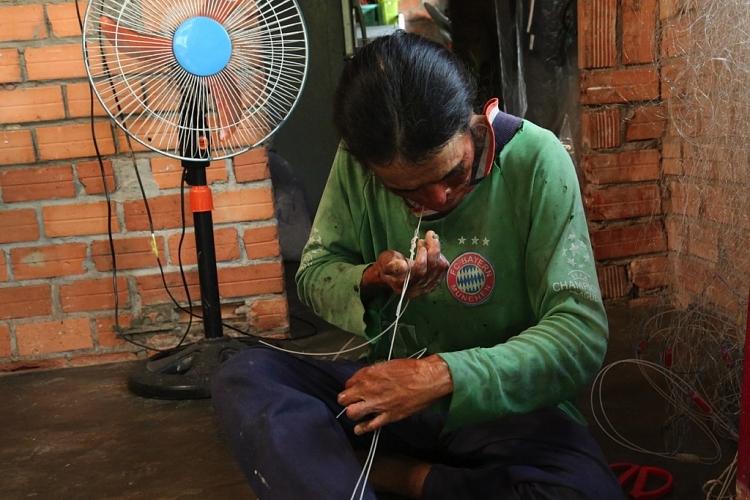 'Cơ hội đổi đời': Việt Hương khóc nấc vì nhớ đến người mẹ đã khuất