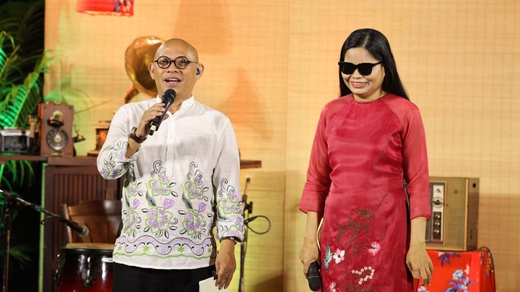 Người phụ nữ khiếm thị được Trấn Thành làm album nhạc tham gia 'Sô diễn cuộc đời'