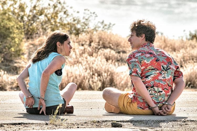 'Mở mắt thấy hôm qua': Bộ phim hài hước và điên rồ nhất về vòng lặp thời gian