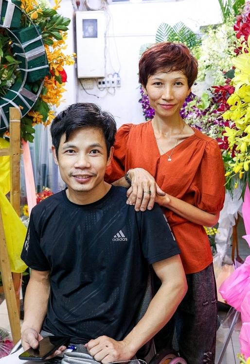 'Vợ chồng son': Chuyện tình đầy cách trở của hai vợ chồng người khuyết tật