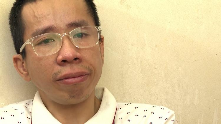 'Gõ cửa thăm nhà': Gặp lại Nguyễn Đức sau hơn 30 năm tách cặp song sinh