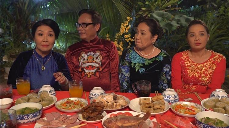'Về nhà ăn Tết' tập cuối: Nghệ sĩ Thanh Hằng, Hoài An bất ngờ khi Hồ Bích Trâm tuyên bố tin hỷ