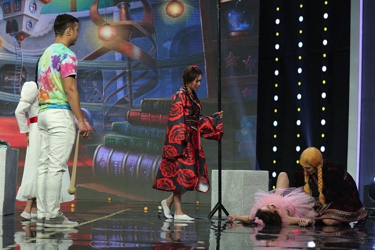 '7 nụ cười xuân': Lâm Vỹ Dạ bị đồng nghiệp xa lánh khi vào vai búp bê ma quá nhập tâm