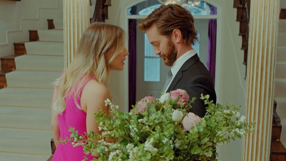 'Trái cấm': Chồng cũ bất ngờ xuất hiện tìm cách trả thù khiến Yildiz mất ăn mất ngủ