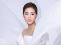 Hoa hậu Khánh Vân kể câu chuyện của những dải lụa: Mỏng manh nhưng đầy mạnh mẽ