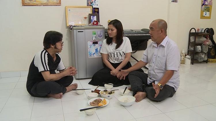 Nghệ sĩ Bạch Long: U65 vẫn kiếp nhà thuê cùng cuộc sống đơn chiếc cơm hàng cháo chợ