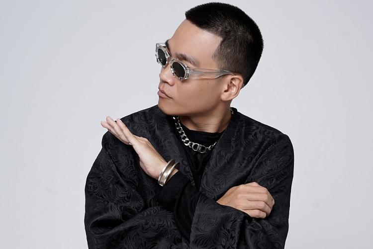 Rapper Wowy: Từ chỉ ngồi xa ngắm Mỹ Tâm, giờ là khách mời cuối cùng trong liveshow 'Tri âm'