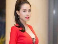 a hau thuy van sang singapore lam giam khao how do i look