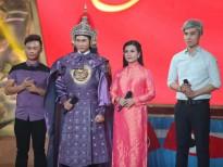 le phuong hanh phuc cung hai soai ca ben canh
