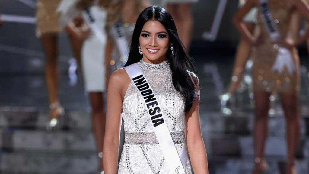 pham huong va 20 hoa hau tung thi miss universe 2015 se hoi ngo tai indonesia