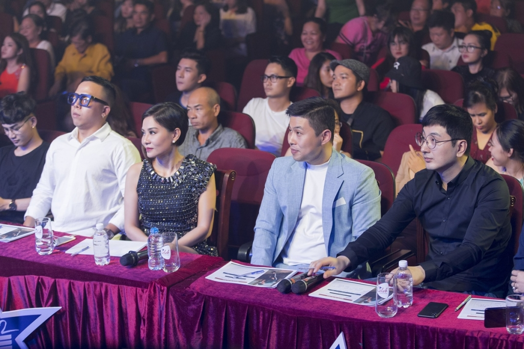 steps2fame lo dien top 4 thi sinh duoc thu minh hoang touliver chon sang han quoc lam thuc tap sinh