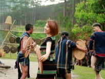 Hoàng Oanh, Huỳnh Anh, Quang Bảo hóa người dân Tây Nguyên nhảy múa cồng chiêng