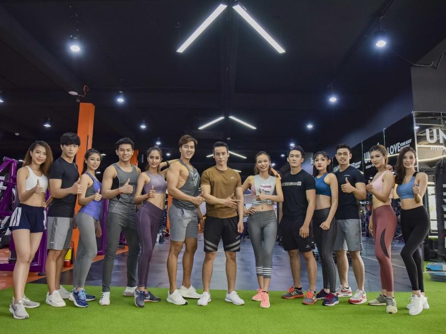 cao xuan tai tang toc tap luyen cung thi sinh truoc chung ket vietnam fitness model 2019