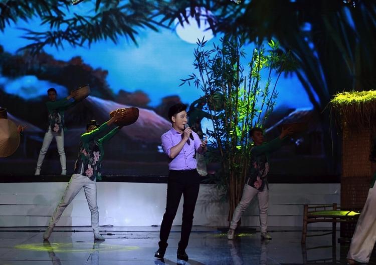 tinh bolero 2020 gia linh duoc phi nhung khen ngoi het loi