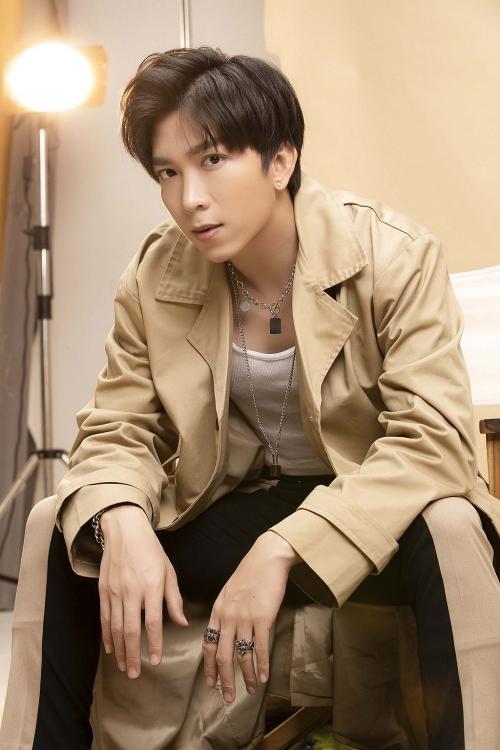 Tăng Phúc - Trương Thảo Nhi 'vượt mặt' Binz - Đen Vâu lập kỷ lục với hit mới dẫn đầu tại Zing Chart, Youtube