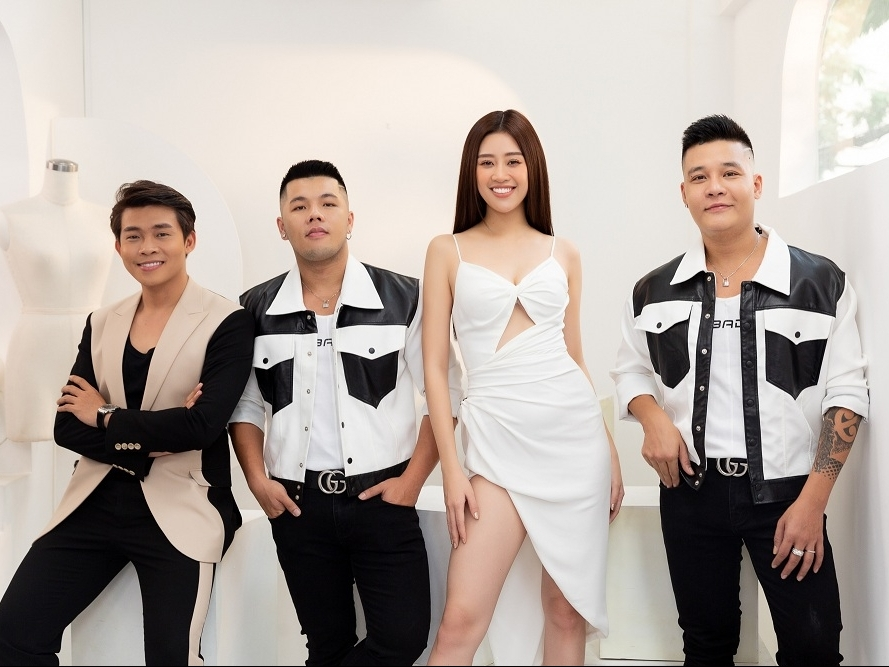 'Road to Miss Universe' tập 3: Khánh Vân tự biến hóa với ba phong cách thời trang khác nhau