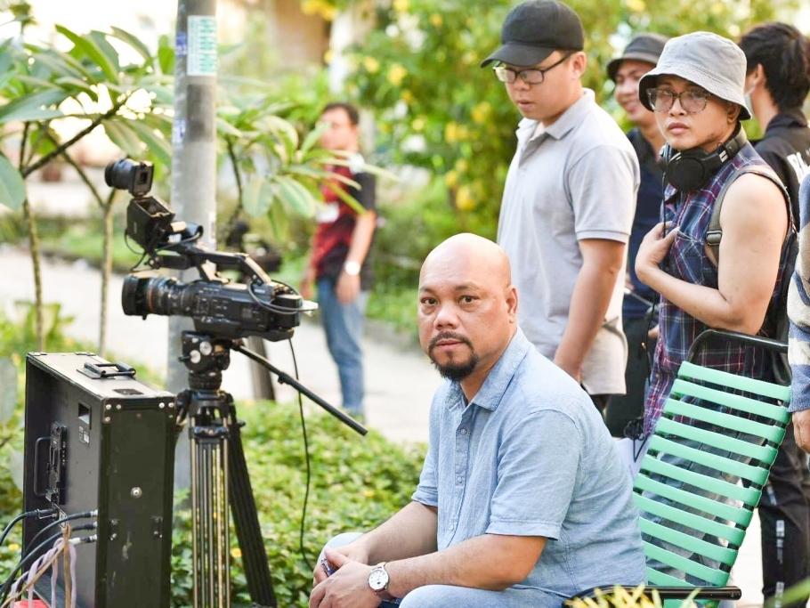 Đạo diễn Vũ Huân: Làm việc vì đam mê, 'cat-xe' không phải là tất cả