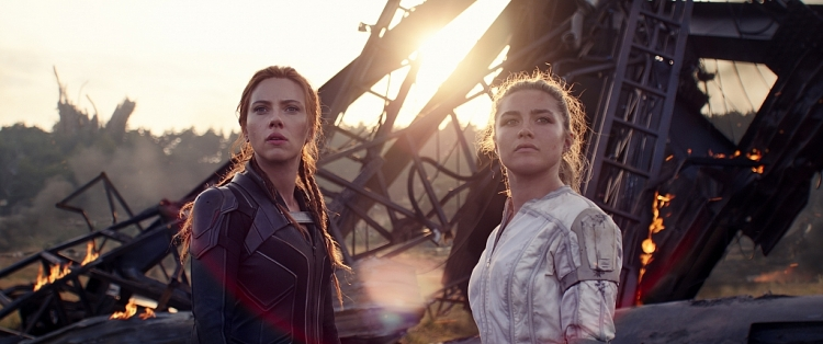 'Black Widow' tiết lộ quá khứ bị bắt cóc và hành trình cùng biệt đội Avengers