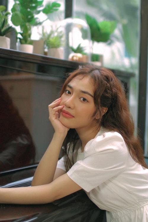'Sài Gòn đau lòng quá' đưa Hứa Kim Tuyền và Hoàng Duyên 'all-skill' 6 bảng xếp hạng nhạc trực tuyến